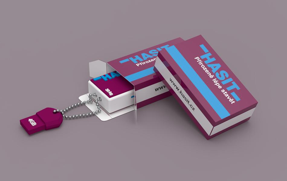 celopotištěná kartonová krabička s usb diskem v firmením produktovém designu