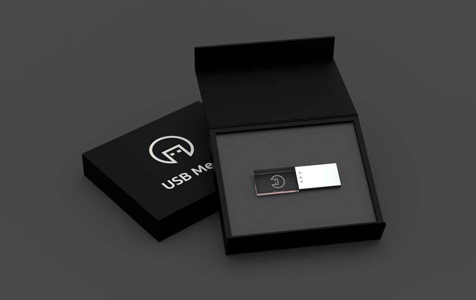 černá dárková kartonová krabička s pěnou a výsekem pro usb flash disk