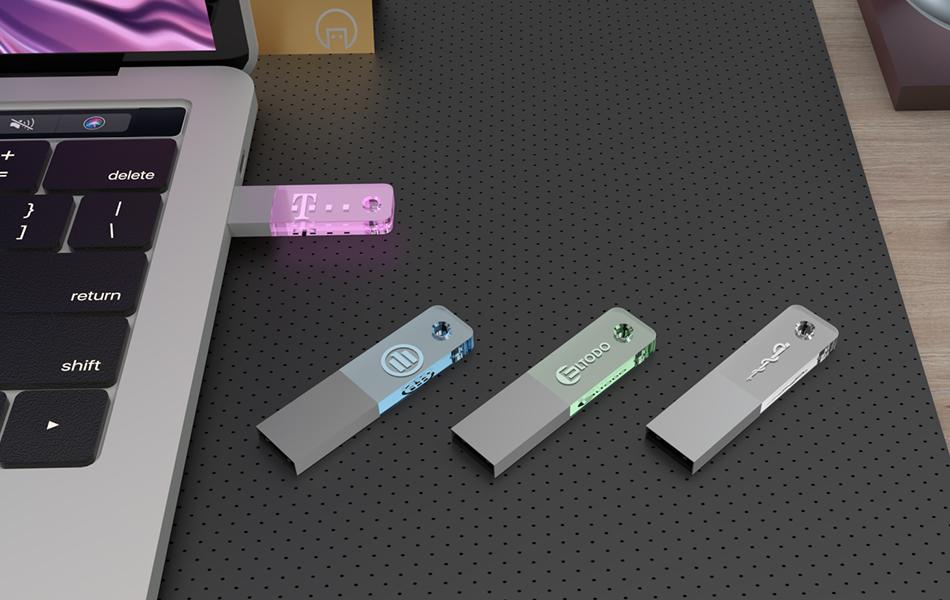 USB krystal SLIM